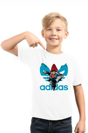 camiseta blanca de niño superman
