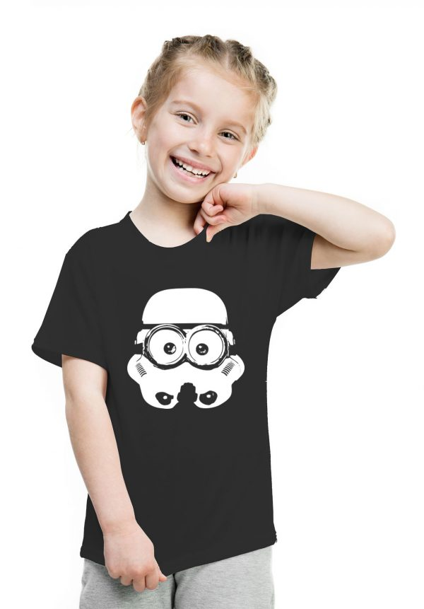 camiseta negra de niña minion trooper